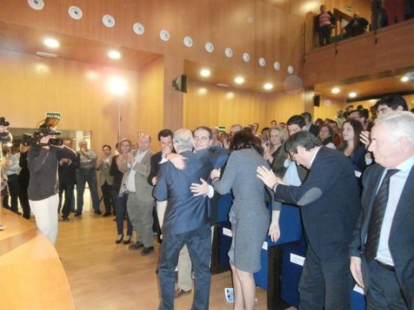 Bendodo y Moreno Bonilla, en el acto homenaje a Martín Serón