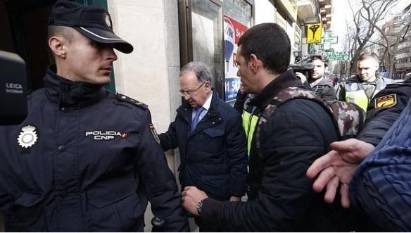 Detención Miguel Bernard Manos Limpias